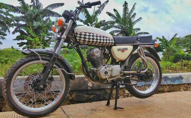 Motor Karomah Pak Kyai